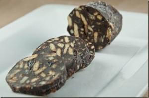 salame di cioccolato tagliato